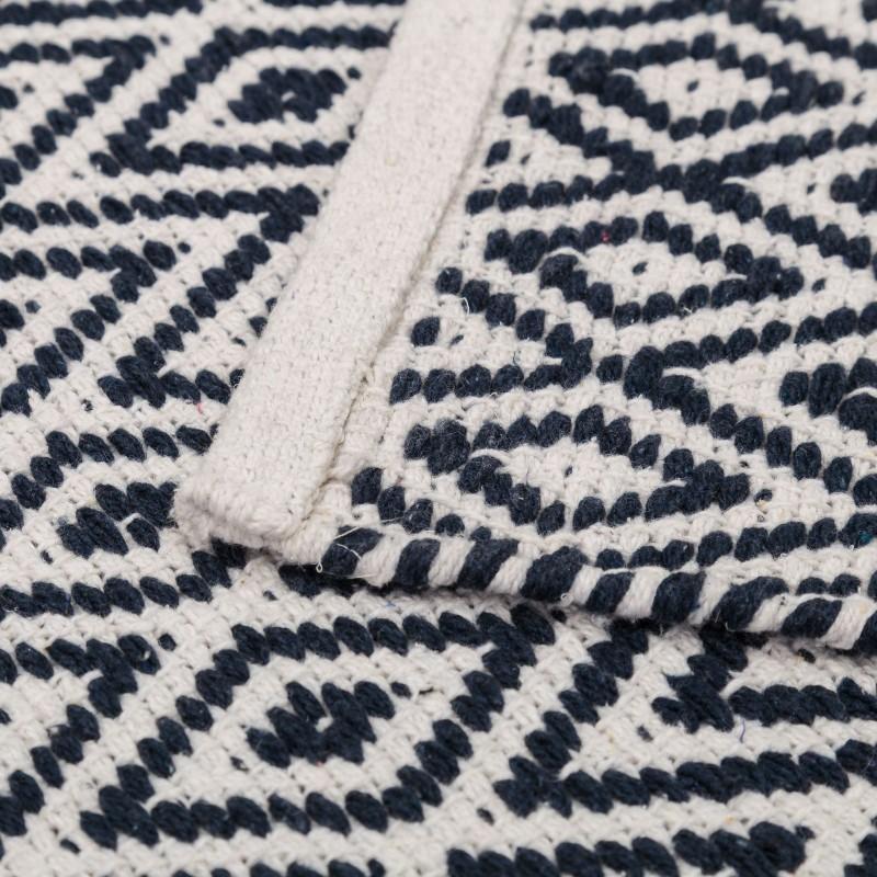 tapis motifs ethniques en coton bleu et blanc 80 x 50 cm. Black Bedroom Furniture Sets. Home Design Ideas