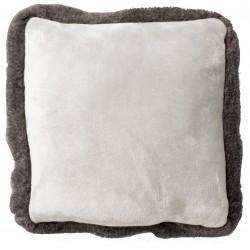Coussin flannelle bord fourrure VILO (45 x 45 cm)