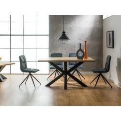 Table en chêne CROSS avec pieds en métal