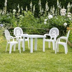 Chaises et table en plastique de jardin pour enfant